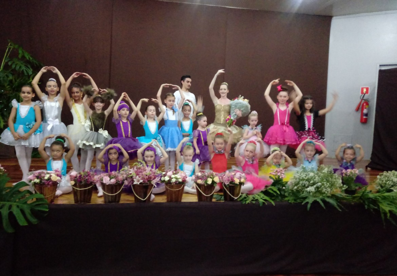 Ballet – O MÁGICO DE OZ